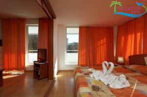 PLISKA GOLDEN SANDS (7)